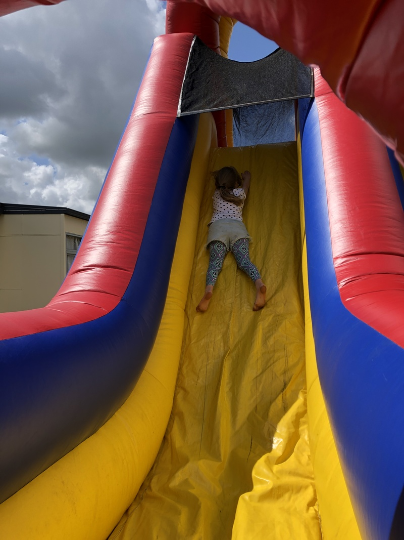 Annabelle on the obstacle course