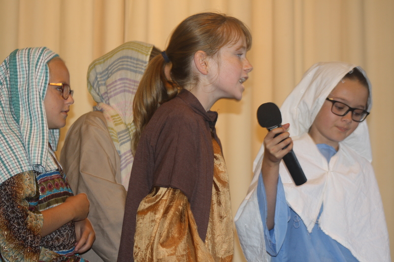 Easter Pageant 2015 071